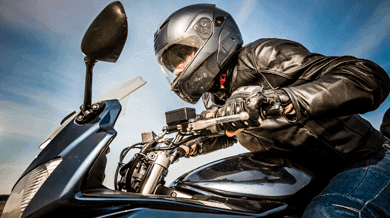 Motorcycle Safety – Dress Right When You Ride!
